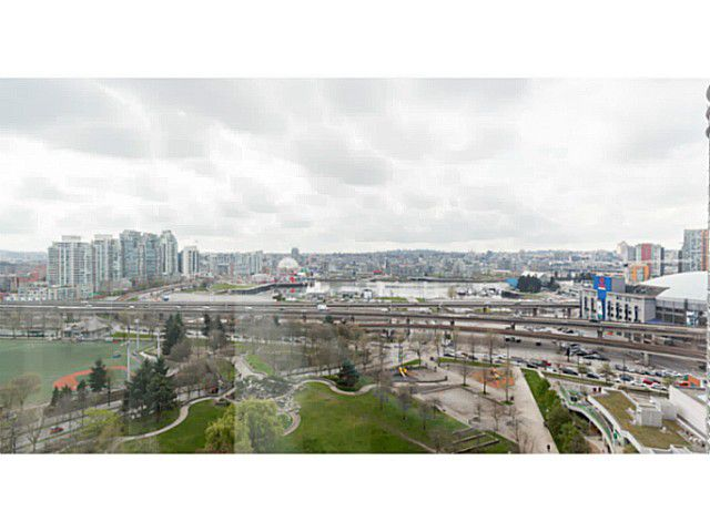 Main Photo: 1902 550 Taylor Street in Vancouver: Downtown VW Condo for sale (Vancouver West)  : MLS®# V1115763