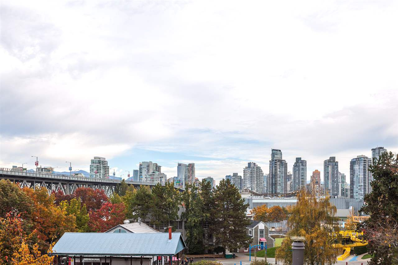 Main Photo: 408 1477 FOUNTAIN WAY in Vancouver: False Creek Condo for sale (Vancouver West)  : MLS®# R2080205