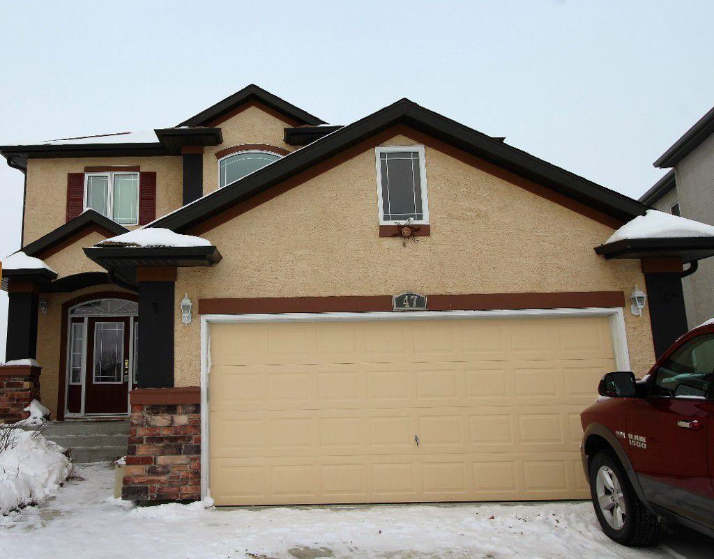 Fantastic 2100 sqft family home!