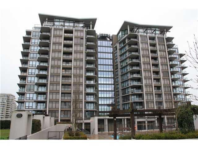 Main Photo:  in Acqua: Home for sale : MLS®# V923071