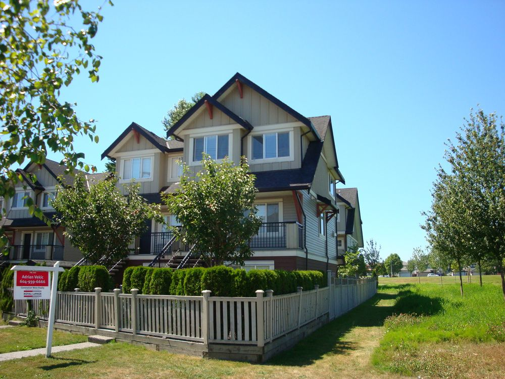 Main Photo: 2 22571 Westminster Hwy in Residences On The Park: Hamilton Home for sale ()