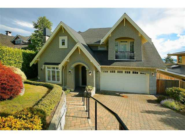 Main Photo: 2320 Nelson Avenue in West Vancouver: Dundarave House for sale