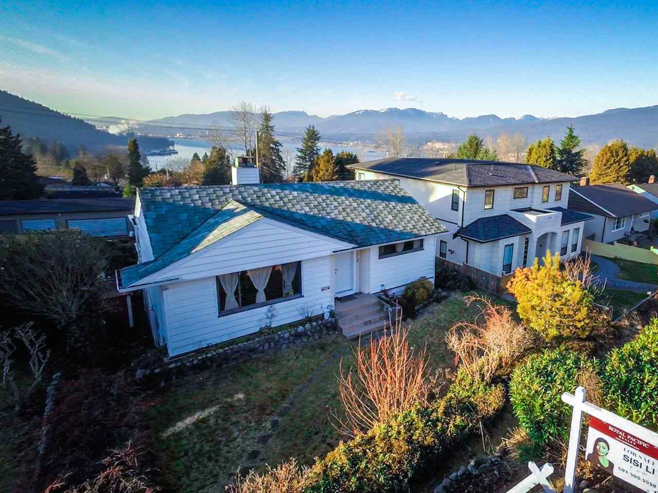 Main Photo: 7259 BARNET ROAD in Burnaby: Westridge BN House for sale (Burnaby North)  : MLS®# R2024693