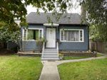 Main Photo: 646 E 4TH Street in North Vancouver: Queensbury House for sale : MLS®# R2500013