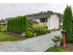 Main Photo: 10135 BRENTWOOD Drive in Chilliwack: Chilliwack N Yale-Well House for sale : MLS®# R2495045