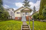 Main Photo: 2645 E 7TH Avenue in Vancouver: Renfrew VE House for sale (Vancouver East)  : MLS®# R2437247