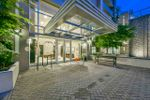 """Main Photo: 1402 280 ROSS Drive in New Westminster: Fraserview NW Condo for sale in """"The Carlyle"""" : MLS®# R2388770"""