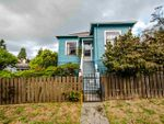 Main Photo: 221 TOWNSEND Place in New Westminster: Queens Park House for sale : MLS®# R2404143