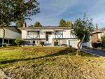Main Photo: 878 E 16TH Street in North Vancouver: Boulevard House for sale : MLS®# R2412903