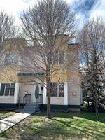 Main Photo: 9758 91 Street in Edmonton: Zone 18 Townhouse for sale : MLS®# E4197026