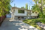 Main Photo: 2 FARMSTEAD Avenue: St. Albert House for sale : MLS®# E4214062