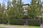 """Main Photo: 209 2273 TRIUMPH Street in Vancouver: Hastings Townhouse for sale in """"Triumph"""" (Vancouver East)  : MLS®# R2412487"""
