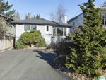 Main Photo: 1554 ROSS Road in North Vancouver: Lynn Valley House for sale : MLS®# R2422640
