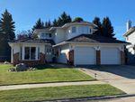 Main Photo: 20 Ellesmere Drive: St. Albert House for sale : MLS®# E4216597