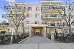 """Main Photo: 402 22290 NORTH Avenue in Maple Ridge: West Central Condo for sale in """"Solo"""" : MLS®# R2388810"""