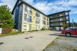 "Main Photo: 320 5604 INLET Avenue in Sechelt: Sechelt District Condo for sale in ""MIDTOWN"" (Sunshine Coast)  : MLS®# R2320507"