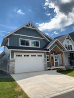 """Main Photo: 642 SCHOONER Place: Harrison Hot Springs House for sale in """"Spinnaker Wynd"""" : MLS®# R2381350"""