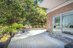 Main Photo: 102 5639 HAMPTON Place in Vancouver: University VW Condo for sale (Vancouver West)  : MLS®# R2369597