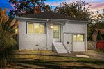 Main Photo: 621 Lampson St in Esquimalt: Es Esquimalt Single Family Detached for sale : MLS®# 838832