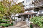 "Main Photo: 402 20561 113 Avenue in Maple Ridge: Southwest Maple Ridge Condo for sale in ""WARESLEY PLACE"" : MLS®# R2360461"