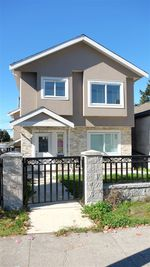 Main Photo: 4531 VICTORIA Drive in Vancouver: Victoria VE House 1/2 Duplex for sale (Vancouver East)  : MLS®# R2330139