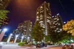 """Main Photo: 905 1331 ALBERNI Street in Vancouver: Coal Harbour Condo for sale in """"The Lions"""" (Vancouver West)  : MLS®# R2341889"""