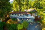 Main Photo: 552 CRESTWOOD Avenue in North Vancouver: Upper Delbrook House for sale : MLS®# R2328096