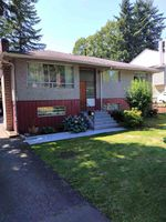 Main Photo: 9111 148TH Street in Surrey: Bear Creek Green Timbers House for sale : MLS®# R2388904