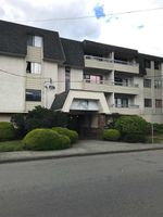 "Main Photo: 211 9477 COOK Street in Chilliwack: Chilliwack N Yale-Well Condo for sale in ""WINDSOR PINES"" : MLS®# R2382586"
