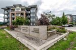 Main Photo: 412 20062 FRASER Highway in Langley: Langley City Condo for sale : MLS®# R2398264