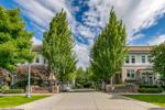 """Main Photo: 87 15833 26 Avenue in Surrey: Grandview Surrey Townhouse for sale in """"BROWNSTONES"""" (South Surrey White Rock)  : MLS®# R2320010"""