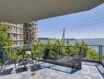 "Main Photo: 104 2190 ARGYLE Avenue in West Vancouver: Dundarave Condo for sale in ""Argyle Place"" : MLS®# R2173094"