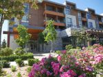 Main Photo: 401 875 GIBSONS Way in Gibsons: Gibsons & Area Condo for sale (Sunshine Coast)  : MLS®# R2292033
