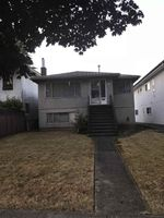 Main Photo: 4405 VENABLES Street in Burnaby: Willingdon Heights House for sale (Burnaby North)  : MLS®# R2339470