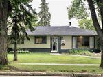 Main Photo: 16 SUNSET Boulevard: St. Albert House for sale : MLS®# E4212919