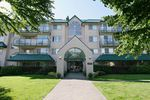 "Main Photo: 105 2958 TRETHEWEY Street in Abbotsford: Abbotsford West Condo for sale in ""Cascade Green"" : MLS®# R2326738"