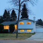 Main Photo: 16 MILBURN Crescent: St. Albert House for sale : MLS®# E4218006