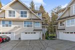 """Main Photo: 31 8618 209 Street in Langley: Walnut Grove Townhouse for sale in """"CREEKSIDE"""" : MLS®# R2437977"""