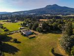 Main Photo: 6375 Somenos Rd in : Du West Duncan House for sale (Duncan)  : MLS®# 855701