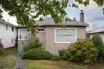 """Main Photo: 3027 E 2ND Avenue in Vancouver: Renfrew VE House for sale in """"RENFREW"""" (Vancouver East)  : MLS®# R2405905"""