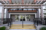 Main Photo: 205 14550 WINTER Crescent in Surrey: King George Corridor Condo for sale (South Surrey White Rock)  : MLS®# R2497414