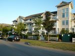 Main Photo: #410 19320 65 Avenue in Cloverdale: Cloverdale BC Condo for sale (Surrey)