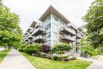 "Main Photo: PH6 1288 CHESTERFIELD Avenue in North Vancouver: Central Lonsdale Condo for sale in ""Alina"" : MLS®# R2393081"