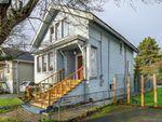 Main Photo: 1440 Bay Street in VICTORIA: Vi Oaklands Single Family Detached for sale (Victoria)  : MLS®# 420113
