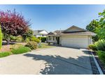 """Main Photo: 2316 MOUNTAIN Drive in Abbotsford: Abbotsford East House for sale in """"MOUNTAIN VILLAGE"""" : MLS®# R2388471"""
