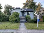 """Main Photo: 2015 W 44TH Avenue in Vancouver: Kerrisdale House for sale in """"KERRISDALE"""" (Vancouver West)  : MLS®# R2469454"""