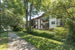"""Main Photo: 106 225 W 3RD Street in North Vancouver: Lower Lonsdale Condo for sale in """"Villa Valencia"""" : MLS®# R2469371"""