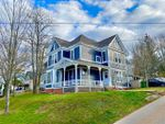Main Photo: 27 Prospect Street in Wolfville: 404-Kings County Multi-Family for sale (Annapolis Valley)  : MLS®# 202024301
