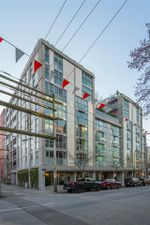 """Main Photo: 710 168 POWELL Street in Vancouver: Downtown VE Condo for sale in """"Smart"""" (Vancouver East)  : MLS®# R2423240"""