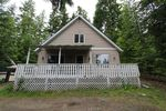 Main Photo: 7221 Birch Close in Anglemont: North Shuswap Manufactured Home for sale (Shuswap)  : MLS®# 10208181